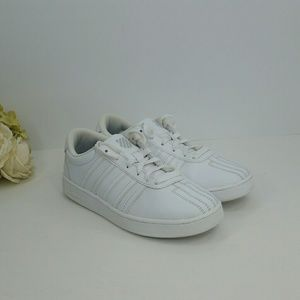K-Swiss Varsity Women's 5.5 Court White Sneakers